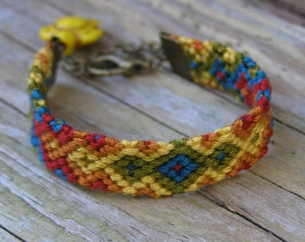 Southwest turtle totem animal kilim bracelet, Boho friendship macrame, Nomad ethnic jewelry, Tribal woven cotton, Aztec colorful chevron