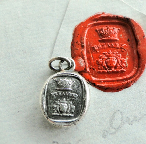 Try..... Essayez. ...  Wax seal jewellery, sterling silver coat of arms. Heraldry antique armmorial