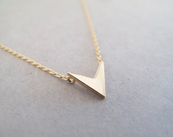 Tiny Gold V Necklace - Geometric Necklace - Minimalist Necklace - Gift for Her