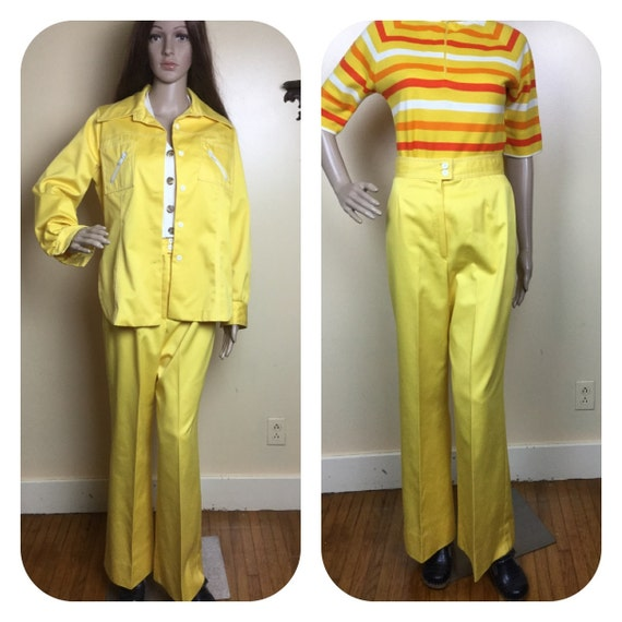 70S Two piece suit yellow   70s High waist  bell b