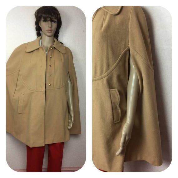 Vintage  60S CAPE, Beige   cape , 1960s Wool Winte