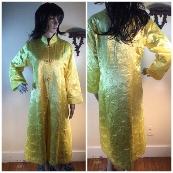 Vtge Kimono Duster yellow  embroidered duster kimo