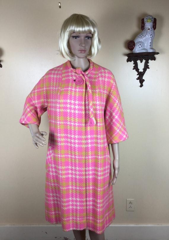 Sale Vintage 50s   coat, PINK PLAID  swing coat, 1