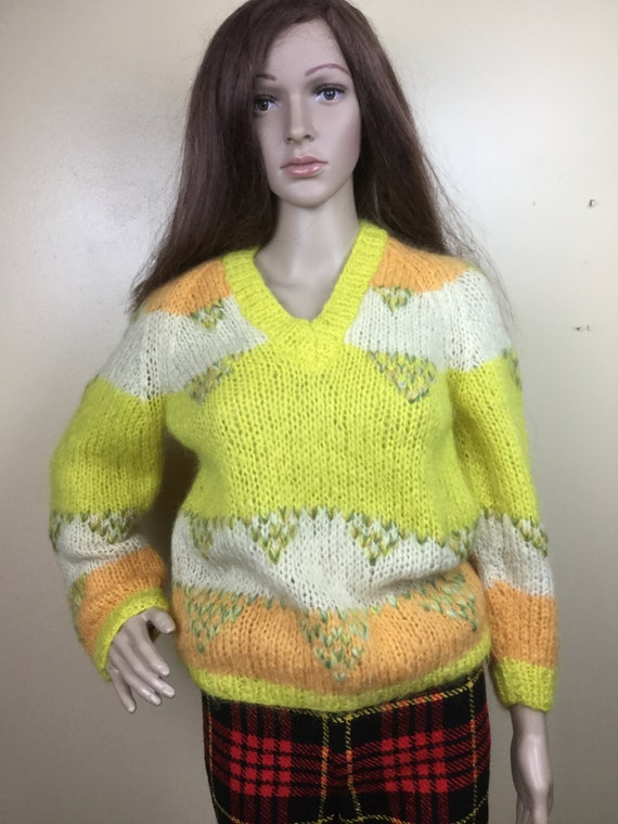 Vintage 50s  Mohair Sweater ITALY  pullover yellow