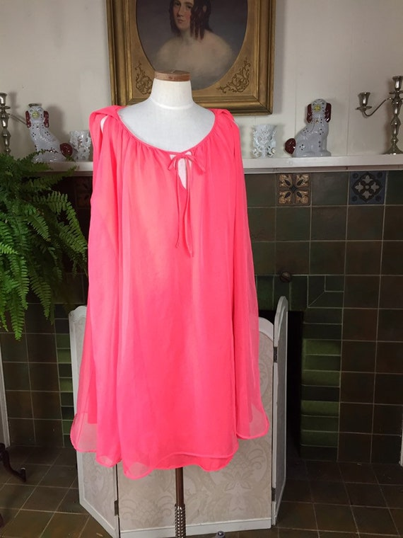 Vintage Peignoir nightgown set,