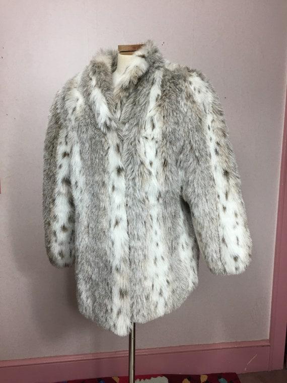 Vintage Faux Fur Coat 70s Plush Fur Gray White Fau