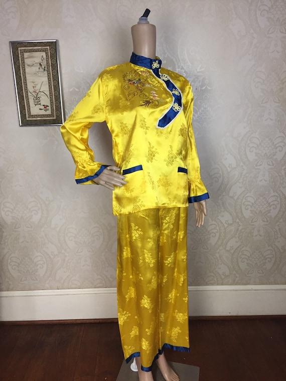 Vintage 50s Kimono pajamas yellow  embroidered  As