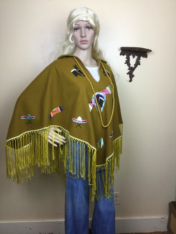 70s  Embroidered Poncho , vintage fringed poncho,