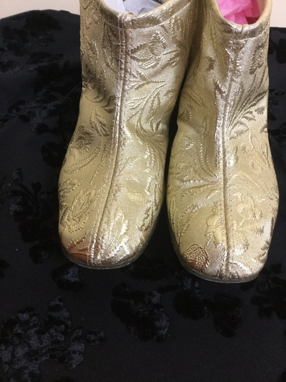 Vintage 60s gold Boots , mod Gold slippers, go go… - image 3
