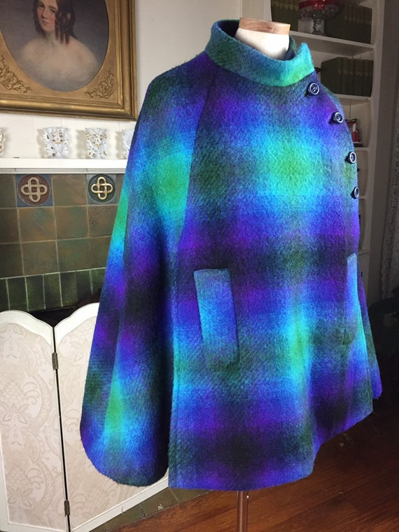 Vintage   60S  plaid cape  vtge Mod 60s Cape Plaid