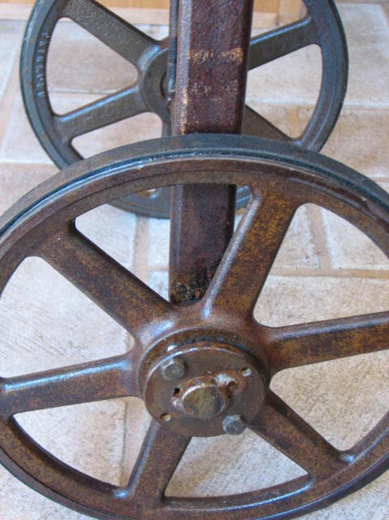 Vintage Industrial Metal Table Sideboard Bar Cart Industrial Buffet Farmhouse Furniture Rustic Bar Cart Recycled Sideboard