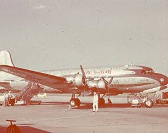 Vintage Original 1947 35mm Color Slide photo of a DC3 Passenger AirPlane ~ B300 from the USA