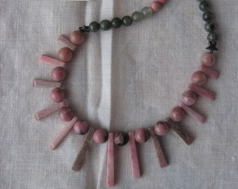 Natural Rhodonite Stone Fan Bead Necklace