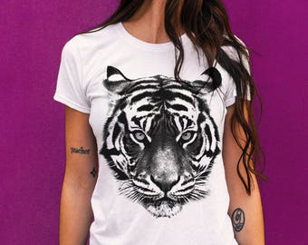 399590aa Tiger Shirt, Tiger t-shirt, gift for Tiger lovers, Big Cat, Animal lover,  Boyfriend t-shirt, womens tshirt, Gift for Her, Tops and Tees