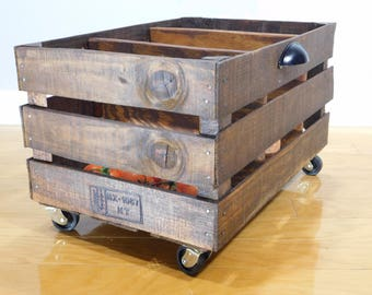 Crate with dividers for produce