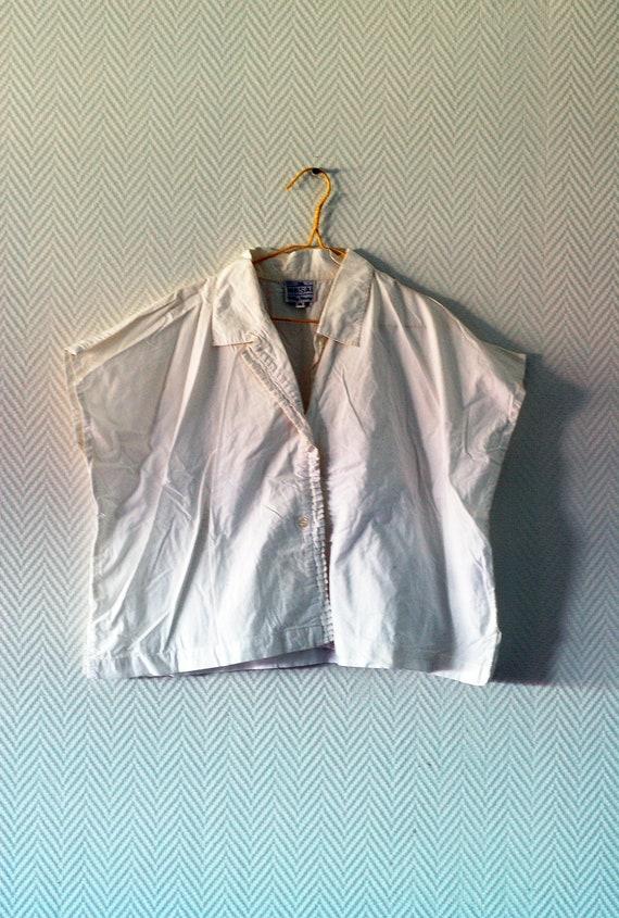 White cropped t-shirt
