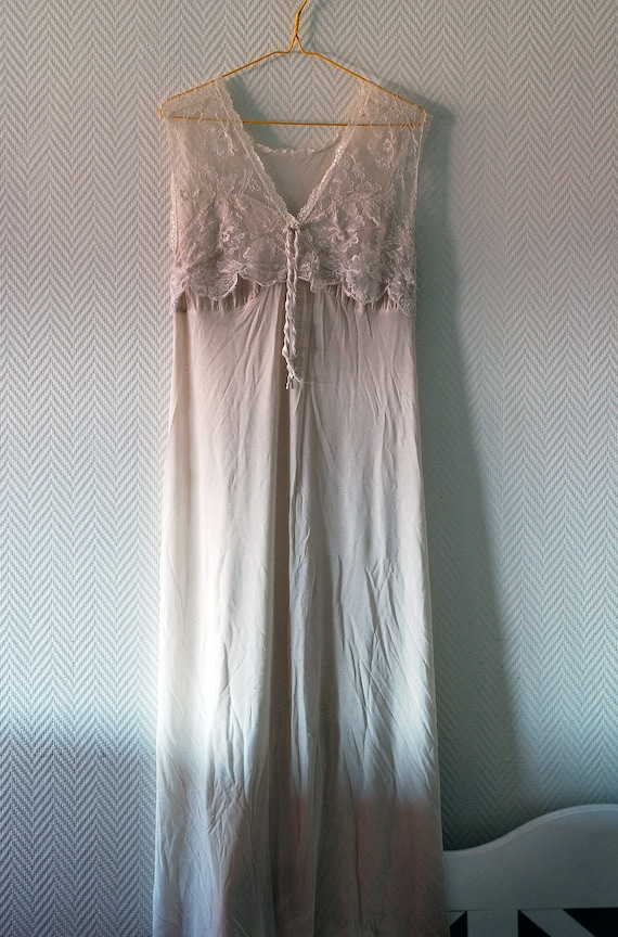 White maxi night gown with lace details