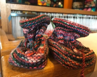 Green and Red 6m Baby Booties