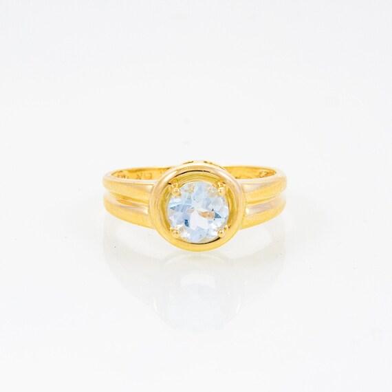 Aquamarine.  Vintage 10K Yellow Gold Women's Aquam