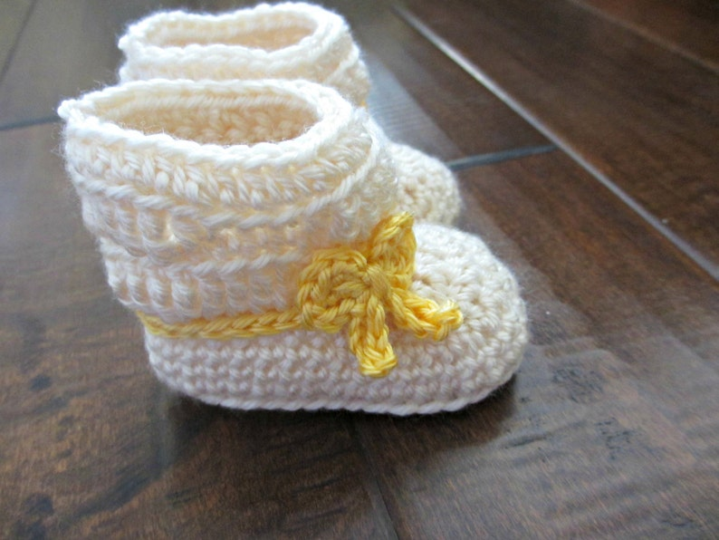 c041c9880f8cd Spring Ankle Boots - Baby Crochet Booties - Yellow Pink Blue Bows - Spring  Colors - Spring Baby Shoes