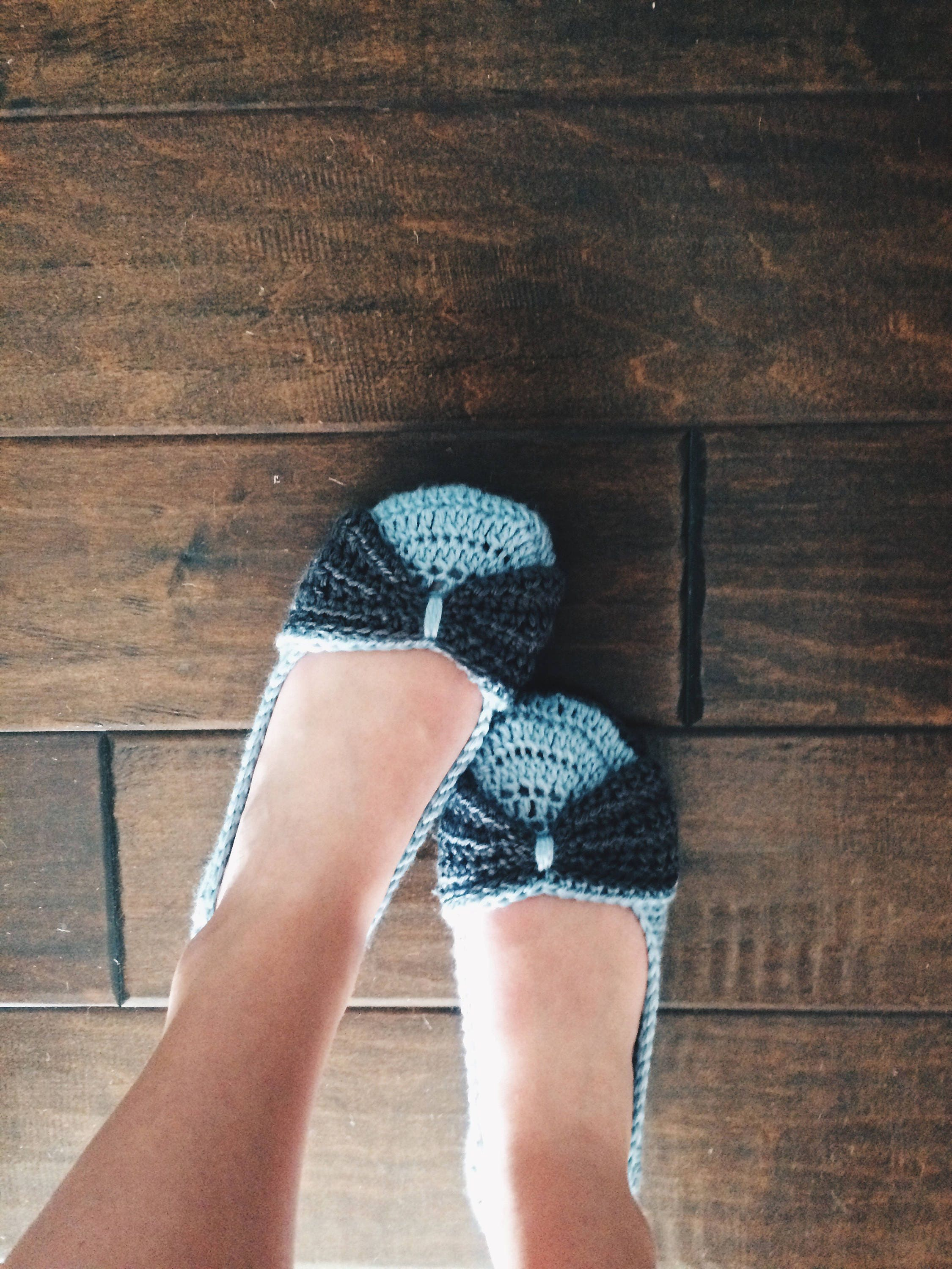 9aa8781dd8891 Crochet slippers - Women's Crochet House shoes - bow slippers - blue and  gray - custom made knit slippers