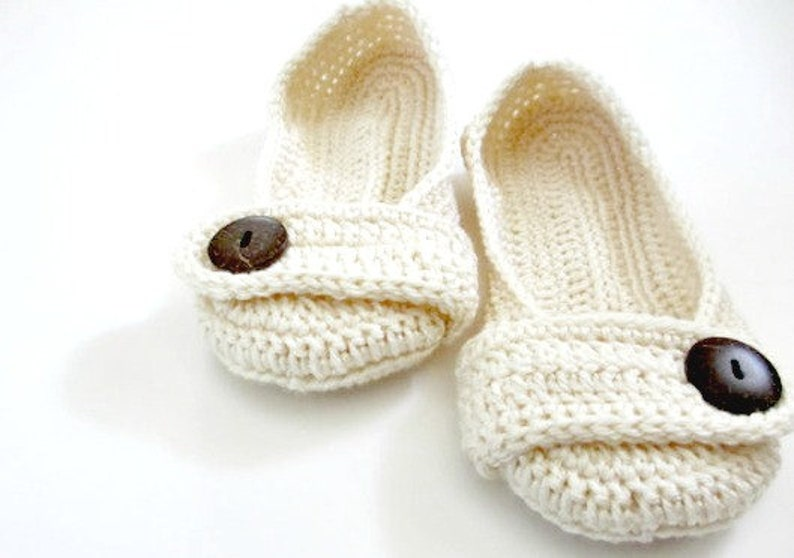 fa844cde3cac4 Women's Crochet slippers - Button slippers - wedding slippers - cream ivory  white - womens crochet knit shoes