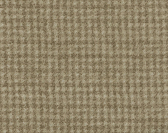 Maywood Woolies Tan Lught Brown Houndstooth 18503-T Flannel Fabric BTY