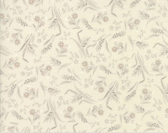 Moda fabrics privatesourcequilting moda sweet blend summer wash cream floral laundry basket quilts edyta sitar fabric 42292 11 gumiabroncs Image collections