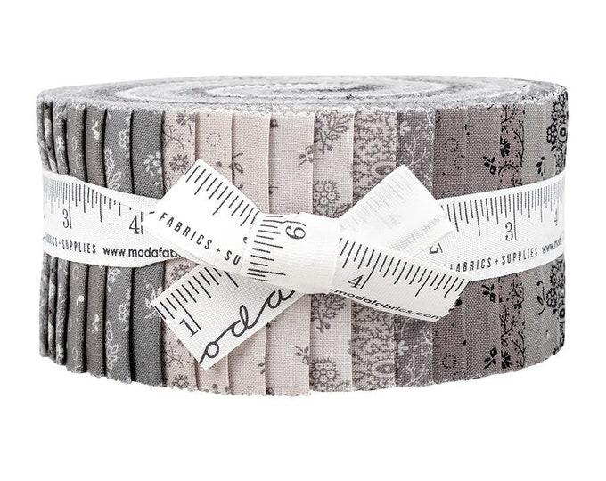 Moda Urban Farmhouse Gatherings Jelly Roll Primitive Moda Precuts Moda Precuts  2.5 Fabric Strips