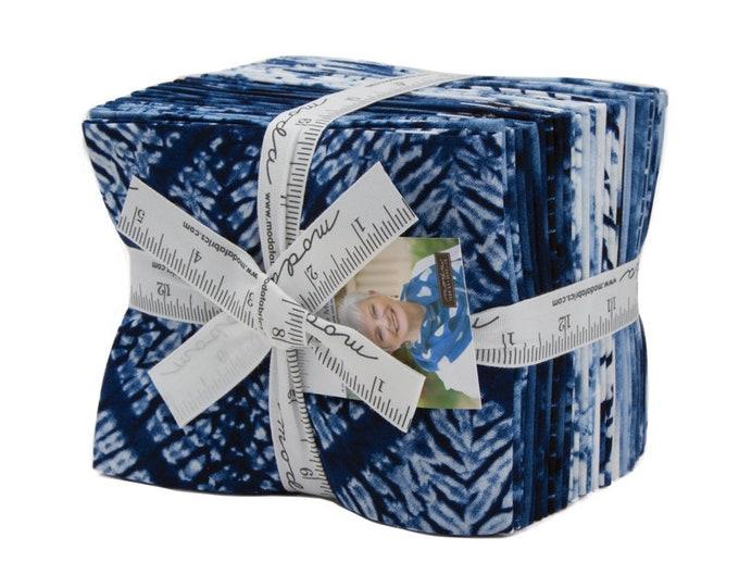 Moda Machi Debbie Maddy Shibori Like Indigo Navy Blue White 20 Fat Quarter Fabric FQ Bundle