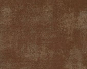 Moda Grunge Basics BROWN Chocolate Mottled Background Fabric 30150-54 BTY