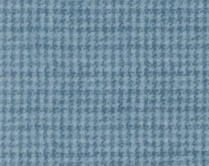 Maywood WOOLIES Light Blue Houndstooth MASF-18503-B Flannel Fabric BTY