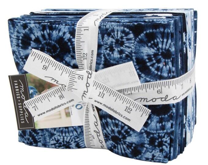NEW Moda Nuno Debbie Maddy Shibori Like Indigo Navy Blue White 19 Fat Quarter Fabric FQ Bundle