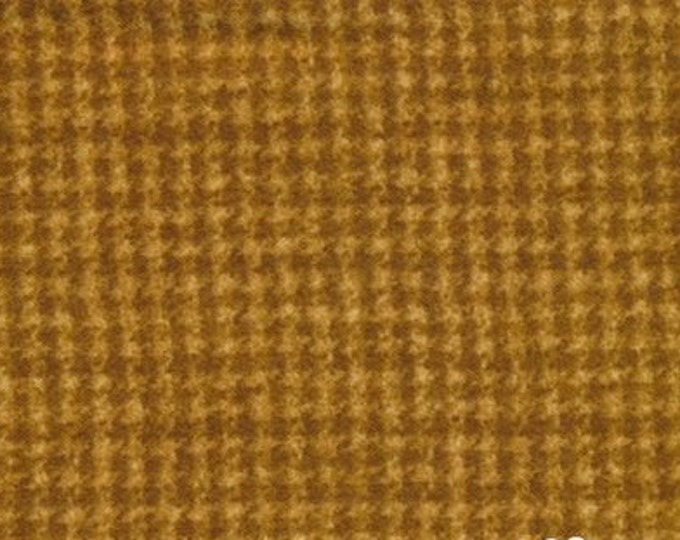 Maywood Woolies Gold Sienna Houndstooth 18503-S Flannel Fabric BTY
