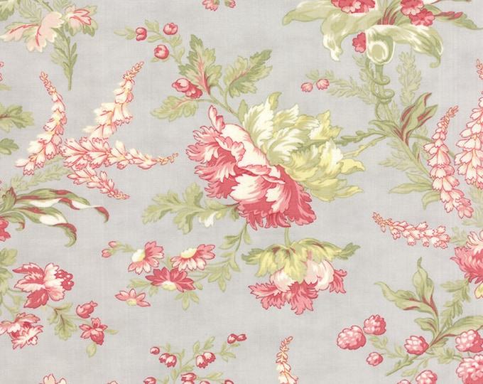 Moda Whitewashed Cottage Pebble Large Floral 3 Sisters Gray Shabby Fabric 44061-14 BTHY