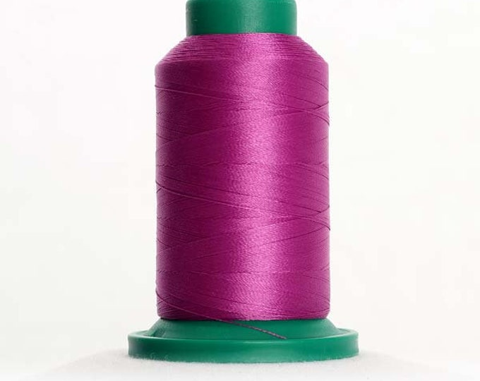 ISACORD Polyester Embroidery Thread Color 2721 Very Berry 1000m