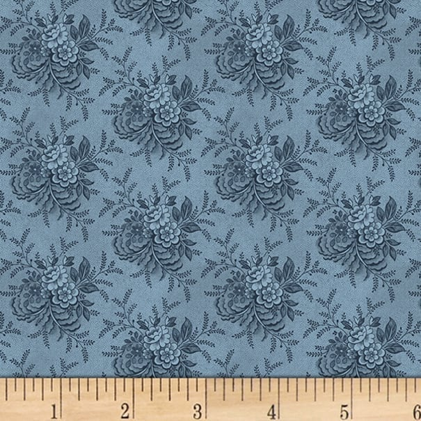 P/&B TextilesWashington Street Studio 108 Wide Back Historical Quilt Backs Tossed Floral Cotton Fabric BTY