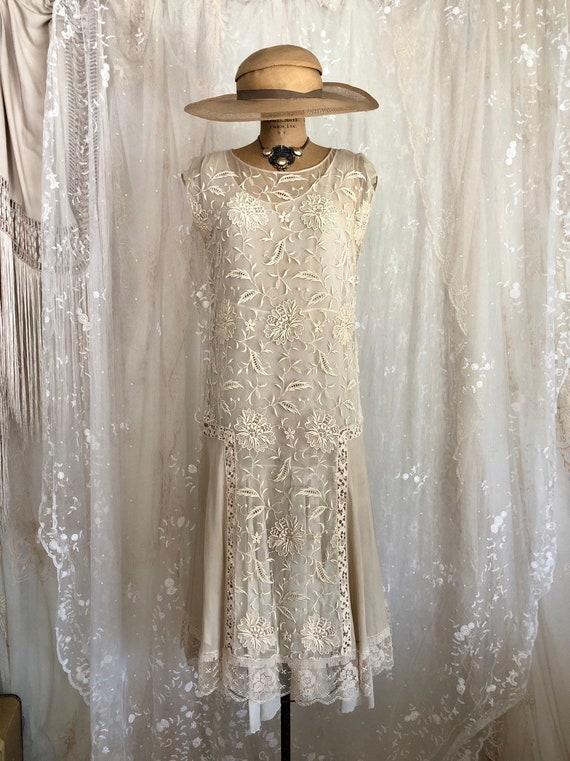 Vintage 1920s Ecru Net Lace Dress Flapper Wedding Dress Downtown Abbey Embroidered Net Lace Size M