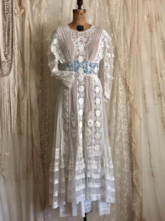 Antique Wedding Dress / White Lace Dress / Edwardi