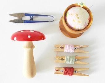 Darning mushroom (Red, small) wooden mending tool