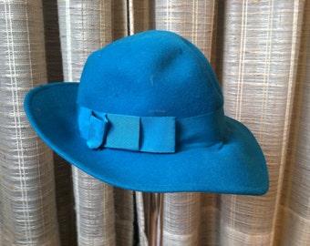 Vintage Liz Claiborne Teal Hat