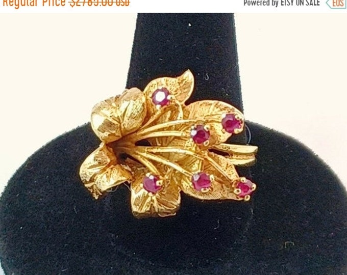 50% OFF Vintage Custom Made 14k Yellow Gold Ruby Hibiscus Flower Estate Ring