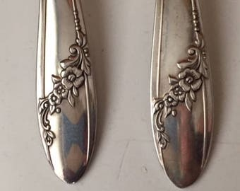 Set of 2 vintage silverplate Queen Bess serving spoons