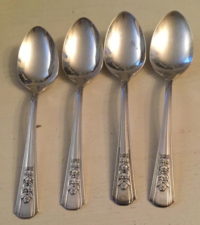 Set of 4 vintage Wm A Rogers Rosalie teaspoons