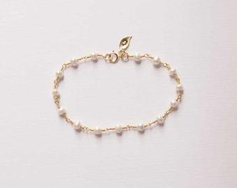 Pearl Bracelet, Initial, Gift, Bridesmaid, Wedding, Personalized Bracelet, Birthday, June Gemstone, Gold, LIJ 14038