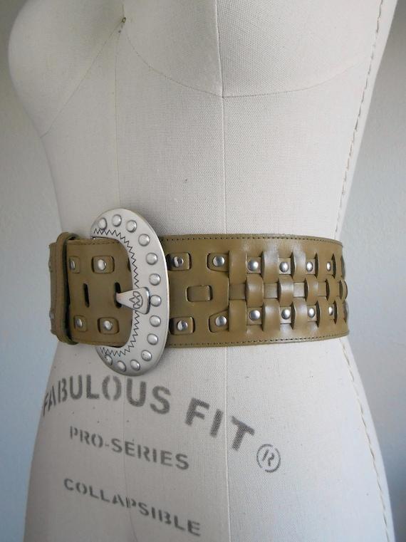 80s vintage belt - green leather belt silver buckl