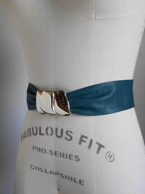 80s vintage leather belt - green leather gold M b… - image 3