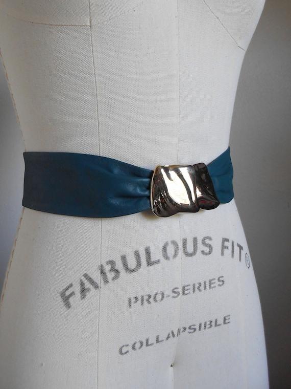 80s vintage leather belt - green leather gold M b… - image 2