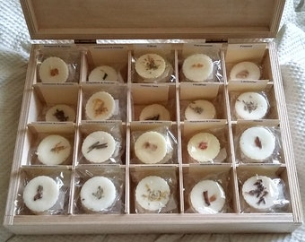 Soy wax melts decorated with dried flowers, leaves. Use in Oil burner/Wax warmer to fragrance room. Wax tarts. Soy Candle Melts. UK Seller