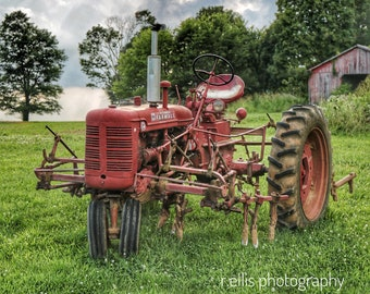 Photography, Primitive, Antique Tractor Print, 11 x 14 Inch Photographic Print, Super C Farmall